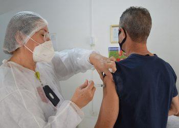 Vacinação na Indústria segue a faixa etária estabelecida. Foto: Felipe Poleti / Prefeitura de Piracicaba